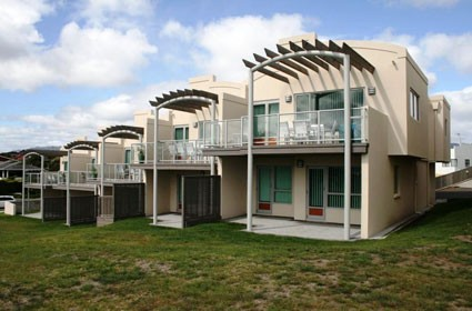 Seascape Apartments - Paraparaumu